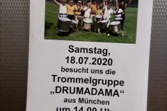 Drumadama auf Hof-Tour in Seniorenheimen