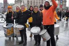 Drumadama spielt für One Billion Rising